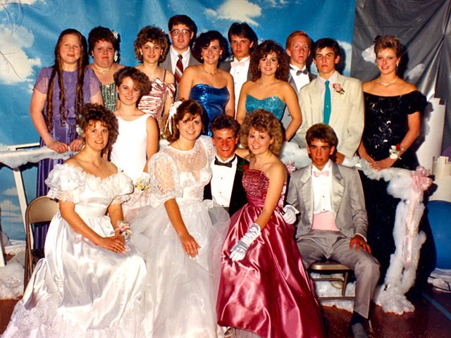 How to Dress for an '80s Prom | 1980s prom, 80s prom, 80s party .
