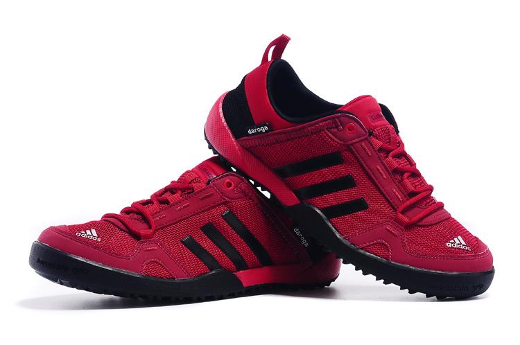 Men's Adidas Outdoor Daroga Two 11 CC Shoes Cardinal/Black D98807 .