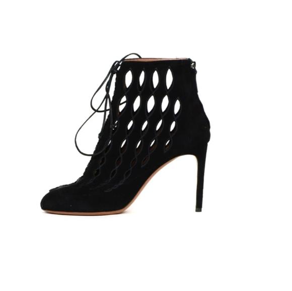 Alaia Shoes   Heels   Poshma