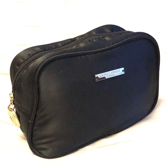 Giorgio Armani Bags   Parfums Makeup Bag   Poshma
