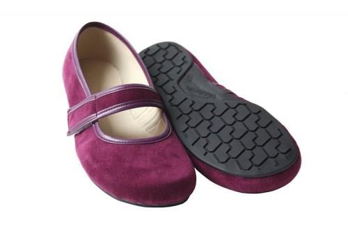Tadeevo minimalist burgundy velvet ballet pum