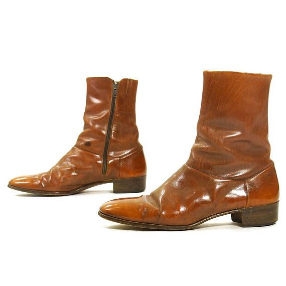 70s Italian Leather Beatle Boots / Vintage Brown Ankle Boots .