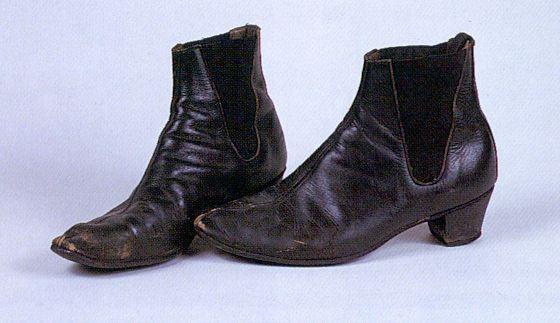 John Lennon's Anello and Davide Beatle Boots | Beatle boots, Boots .