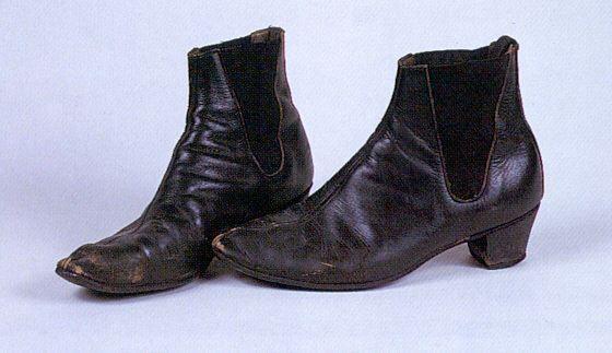 John's Beatle boots | Beatle boots, Boo