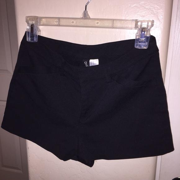 H&M Shorts | Hm Black High Waisted | Poshma