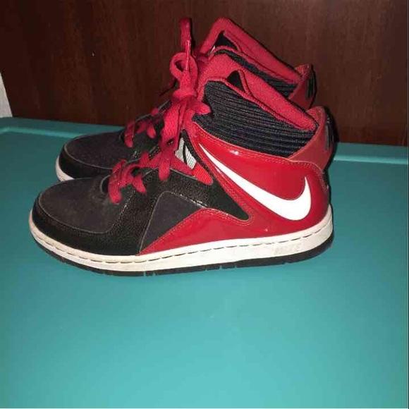 Nike Shoes | Boys High Top | Poshma