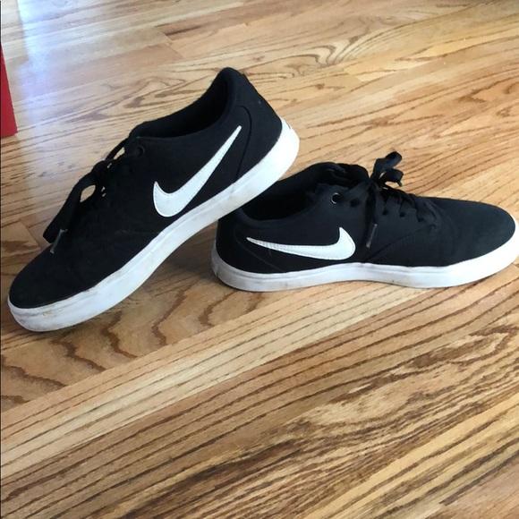 Nike Shoes | Boys | Poshma