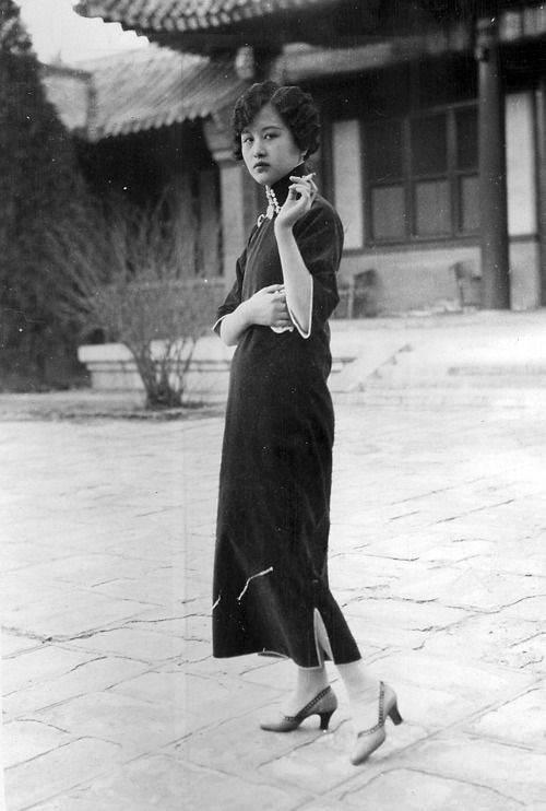 Intercultural Vintage: Questions on Qipao | Chinese women .