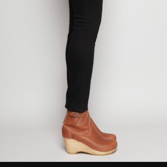 No. 6 Shoes | No 6 Buckle Wedge Clog Boots | Poshma