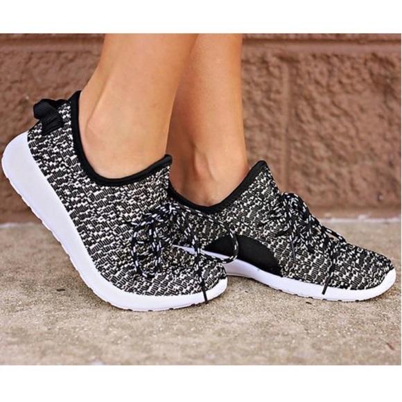 Shoes | Kirby Comfy Black | Poshma
