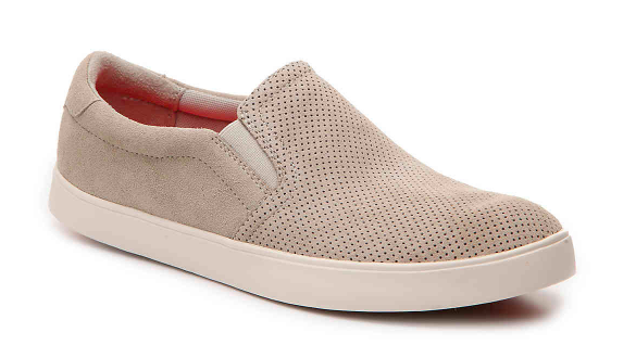 CUTE AND COMFY SHOES FOR TEACHERS! | Peace, Love, and First Gra