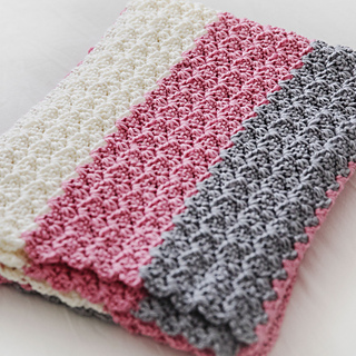 Simply Sweet Baby Blanket pattern by Leelee Knits - Ravel