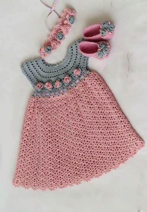 See that beautiful dress for girls. pink. crochet yarn.   Crochet .