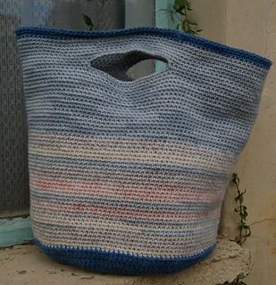 Ravelry: Easy Peasy Project Bag pattern by Teresa Jansen van Vuur