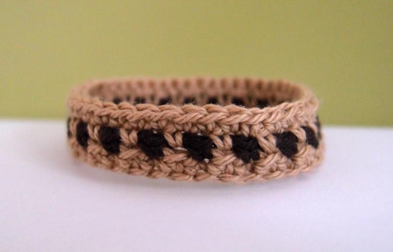 Two-Toned Crochet Bracelet Pattern | AllFreeCrochet.c