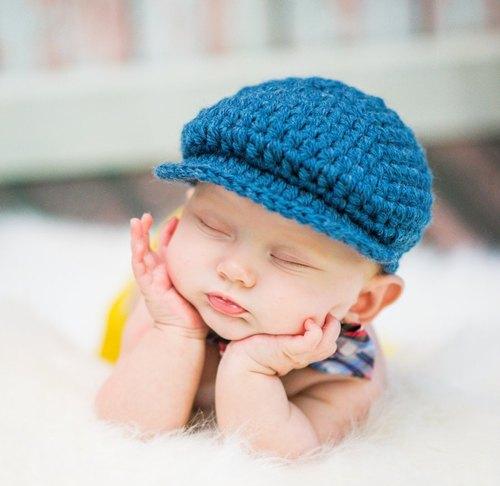 Crochet Baby Golf Photography Cap, शिशु की टोपी - Love .