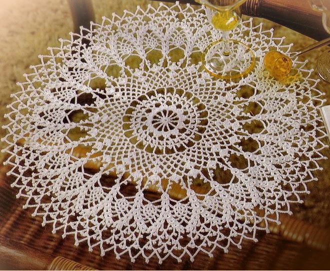 Crochet Doilies - Round Lace Doily - Crochet Patte