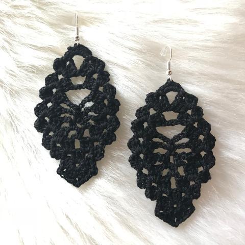 Crochet Earrings: Black – Interior Gl