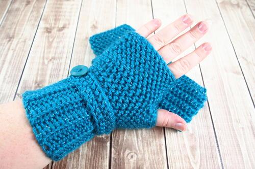 Herringbone Crochet Fingerless Gloves | AllFreeCrochet.c