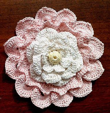 Big Textured Crochet Flower ⋆ Crochet Kingd