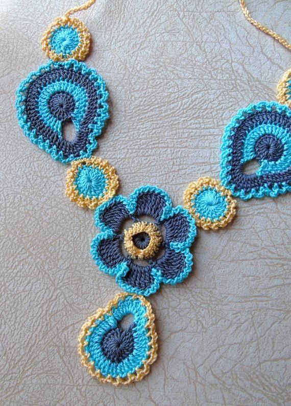 Crochet necklace pattern, FLOWER Jewelry PDF, Crochet collar .