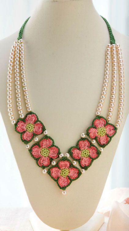 Crochet Dogwood Necklace | Crochet necklace pattern, Crochet .