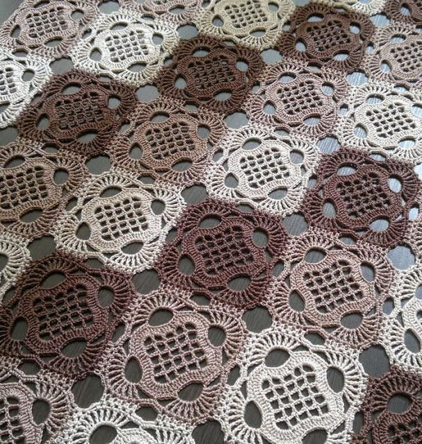 Crochet Patterns: Crochet Tablecloth Pattern - And How To Crochet .