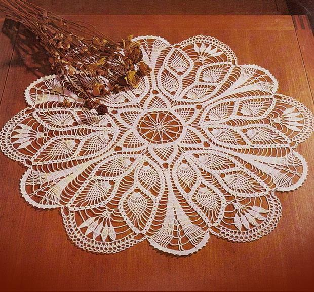 Doily Tablecloth - Crochet Tablecloth Pattern - Pineapp