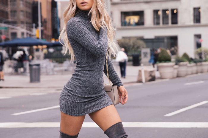 31+ Cute and Comfy Casual Holiday Outfits for Winters - Hi Giggl