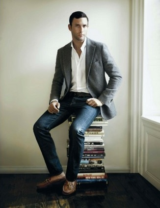 Stylist Tip for Men: How to Wear a Sport Co