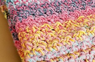 Quick And Easy Crochet Blanket Pattern For Beginners - Knit And .