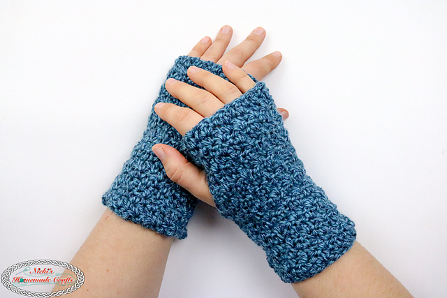 Ravelry: Lemon Peel Fingerless Gloves pattern by Nicole Ril
