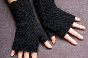 Black Lace Fingerless Gloves Knitting Pattern | AllFreeKnitting.c