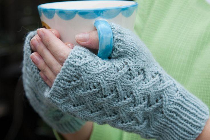Top 10 Free Patterns for Knitting Fingerless Mittens | Fingerless .