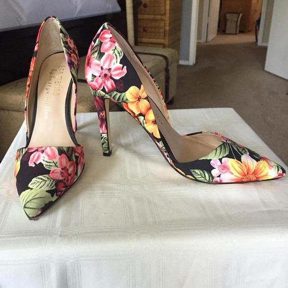 Ann Marino Shoes | By Bettye Muller Floral Pumps | Poshma