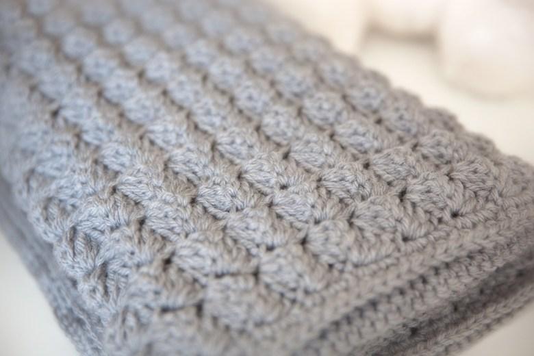 Cozy and Free Baby Blanket Crochet Pattern - Leelee Kni