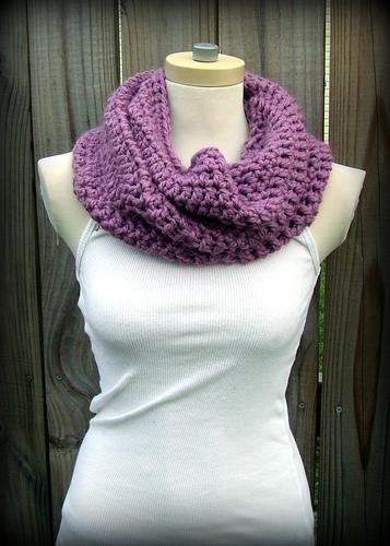 Convertible Free Crochet Cowl Pattern | FaveCrafts.c