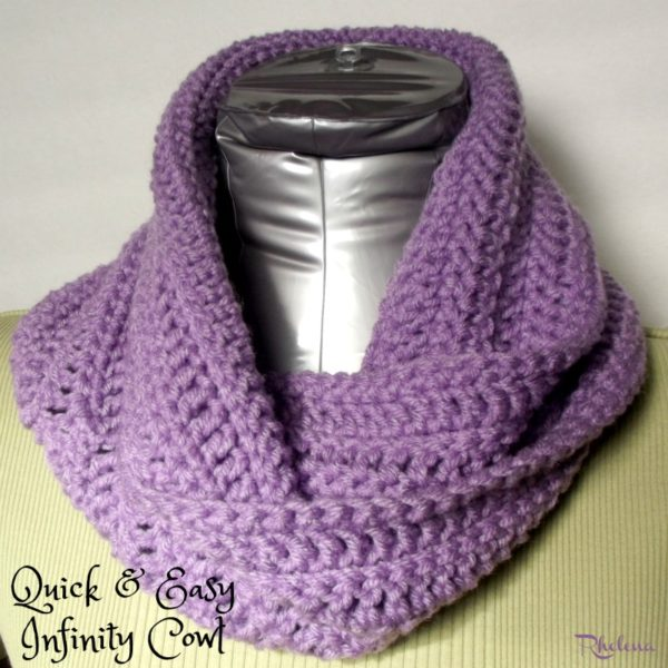 Quick and Easy Crochet Infinity Cowl Pattern - CrochetNCraf
