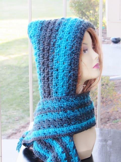Heidi Hooded Scarf, Free Crochet Pattern - Crochet Drea