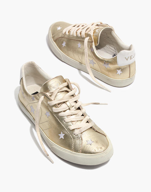 Madewell x Veja™ Esplar Low Sneakers in Star-Embroidered Gold .