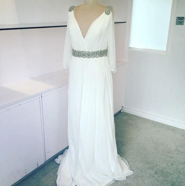 Jenny Packham Grecian (Sleeves) New Wedding Dress on Sale 74% Off .