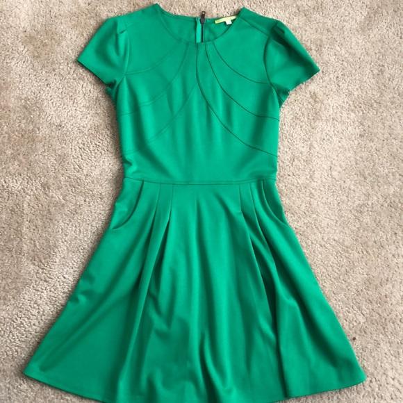 Gianni Bini Dresses   Solid Green Dress   Poshma