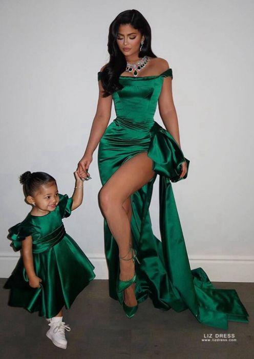 Kylie Jenner Green Off-the-shoulder Satin Formal Dress with Slit .