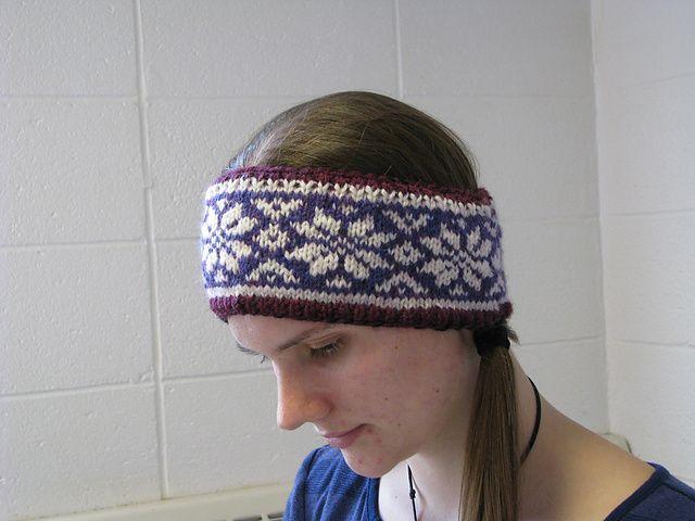 Ravelry: Ellie's Norwegian-inspired Headband pattern by Ellie .