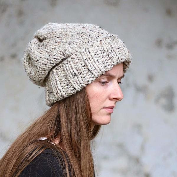 WISDOM : Women's Slouchy Hat Knitting Pattern - Brome Fiel