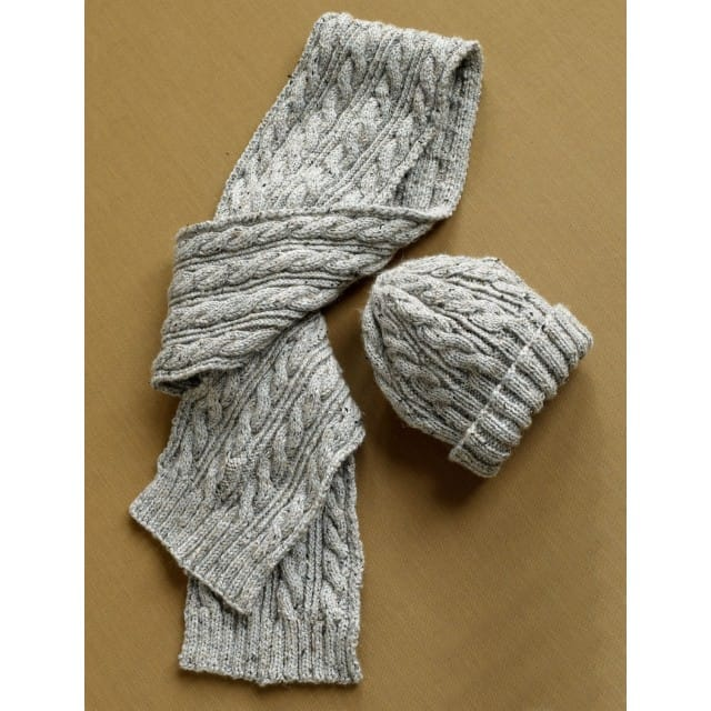 Herdwick Dell Hat and Scarf Pattern (Knit) - Lion Brand Ya