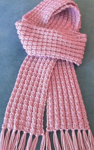 HOW TO KNIT A SCARF FROM THE FREE KNITTING PATTERNS FOR SCARVES .