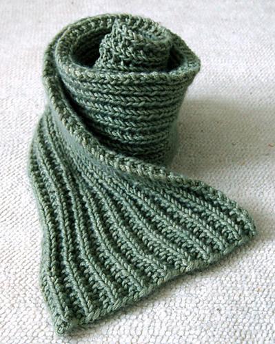 25 Scarf Knitting Patterns: The Best of Ravelry & Beyo