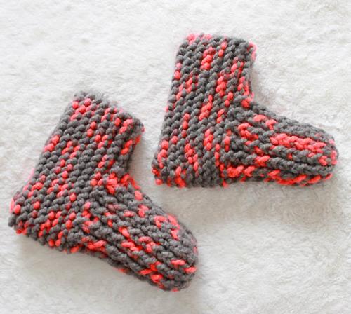 Snow Day Knit Slippers | AllFreeKnitting.c