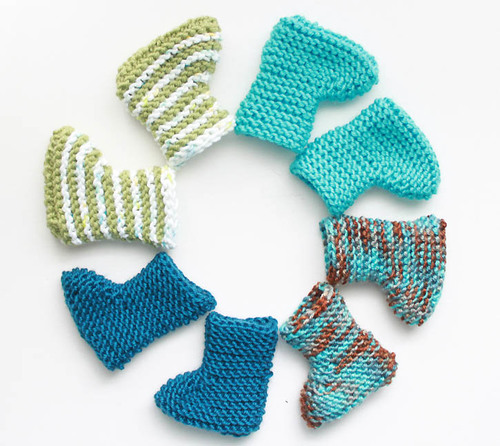 Crazy Easy Knit Baby Booties   AllFreeKnitting.c